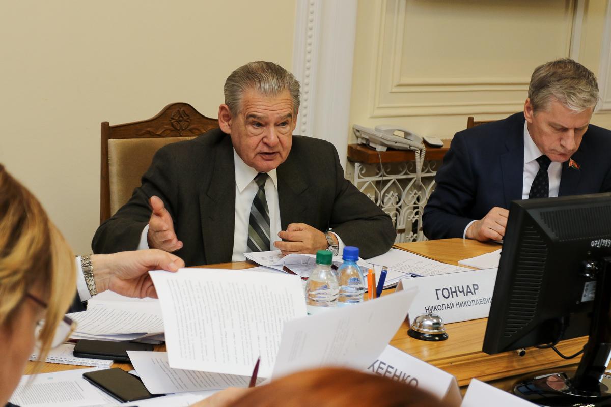 Николай Гончар, председатель Комиссии Парламентского Собрания по бюджету и финансам. Фото: Александр ЧЕРНЫЙ