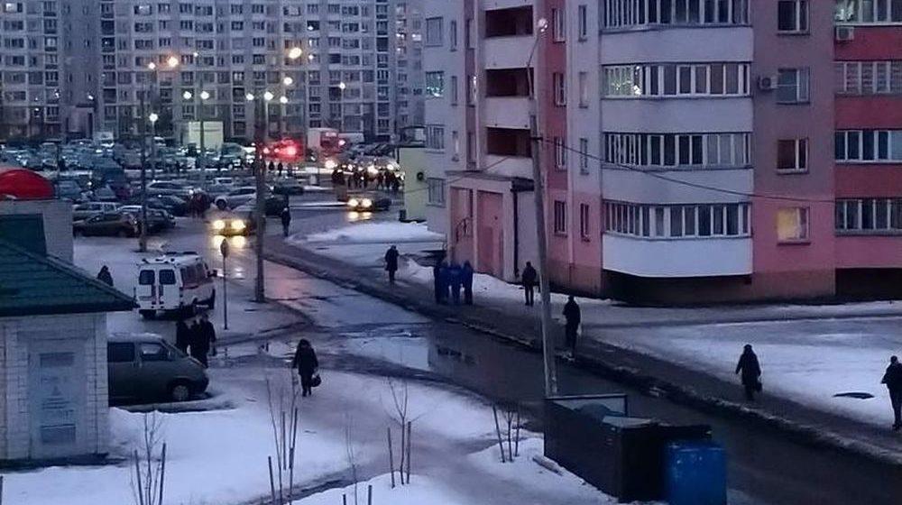 Мужчина выпал из окна 16 этажа в Гомеле и разбился насмерть