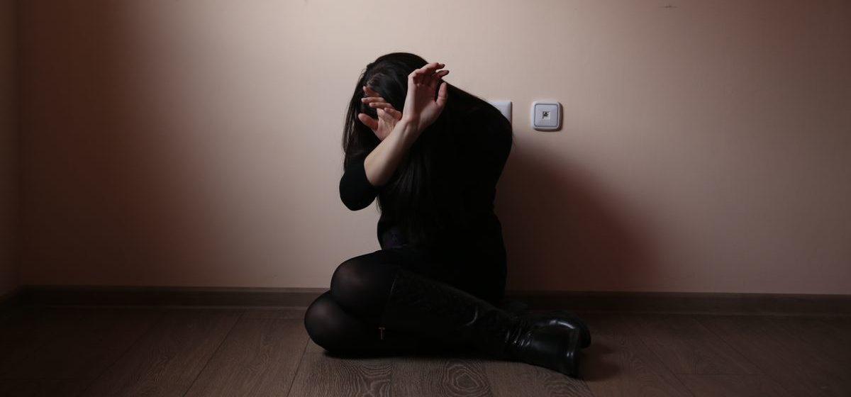 В Гродно парень сначала ограбил, а потом и изнасиловал женщину