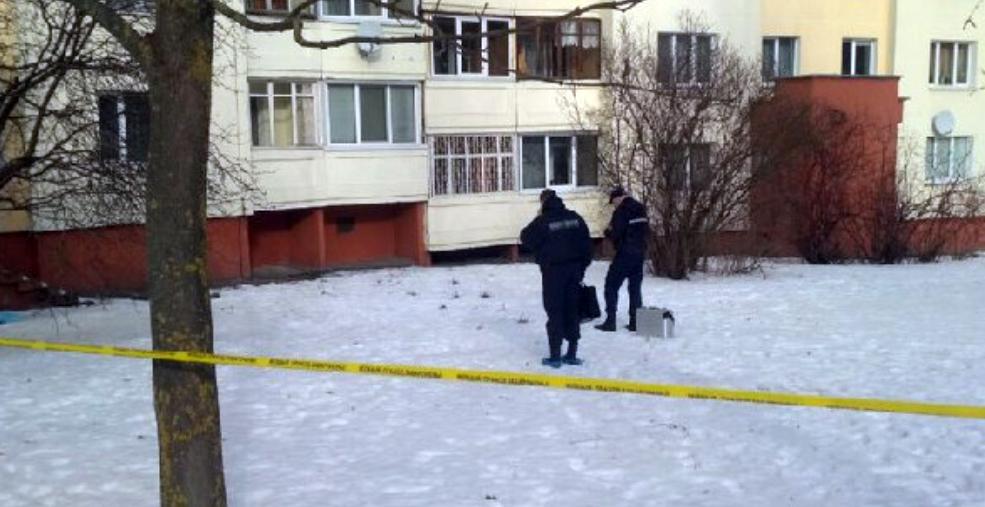 В СК рассказали о найденном в Минске трупе младенца с удавкой на шее: Повреждений на теле ребенка, связанных с падением с высоты, нет