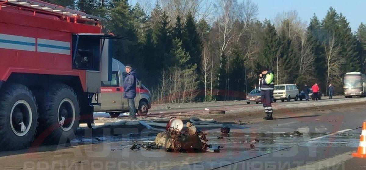 Страшная авария на трассе Минск – Микашевичи. Одна машина сгорела, есть погибшие