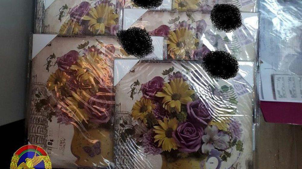 В магазинах Гродно и Бреста покупатели нашли декоративные панно со свастикой и позвонили в милицию