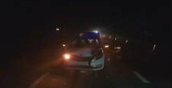 Под Слонимом подрались пассажиры такси, одного из них сбила машина