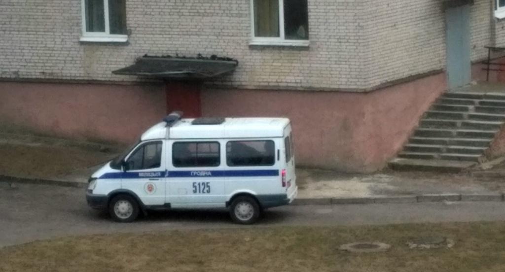 Учащаяся колледжа выпала из окна общежития в Гродно. Девушка погибла