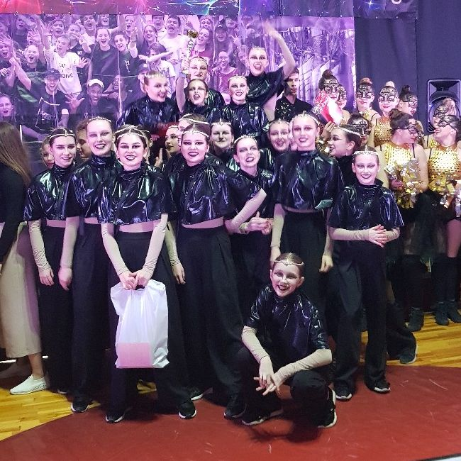 Танцоры ANANKO DANCE SCHOOL на чемпионате Dance Fantasy-2019. Фото: архив Евгения АНАНЬКО