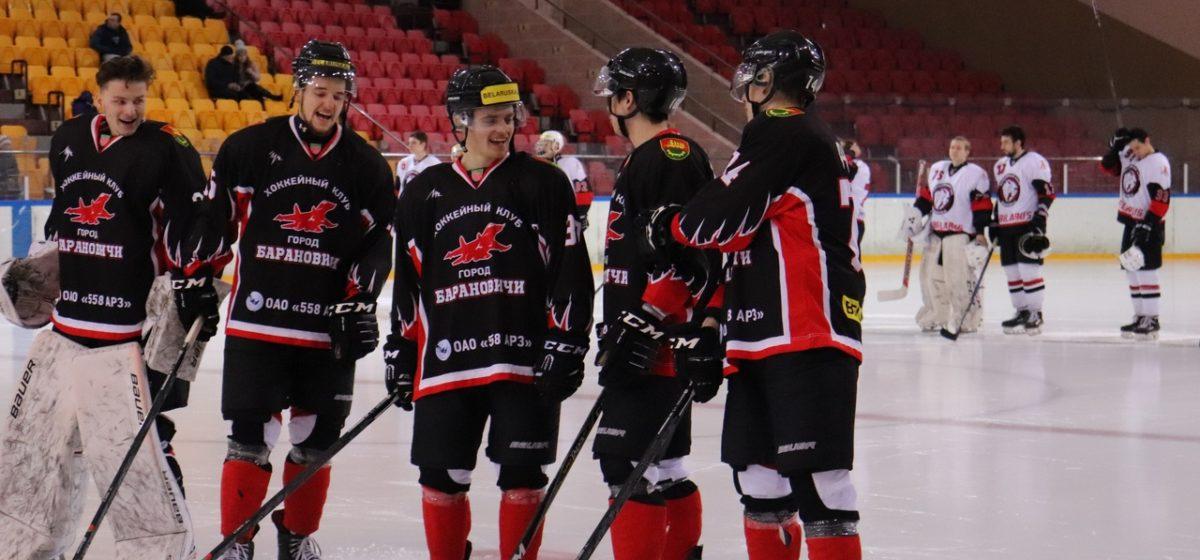 ХК «Барановичи» одержал вторую победу подряд на домашнем льду