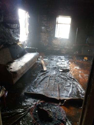 Место пожара. Фото: Барановичский ГРОЧС