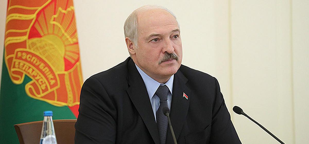 Лукашенко прокомментировал реакцию на его высказывание о выборах в Украине: «А что, актер не может быть президентом?»