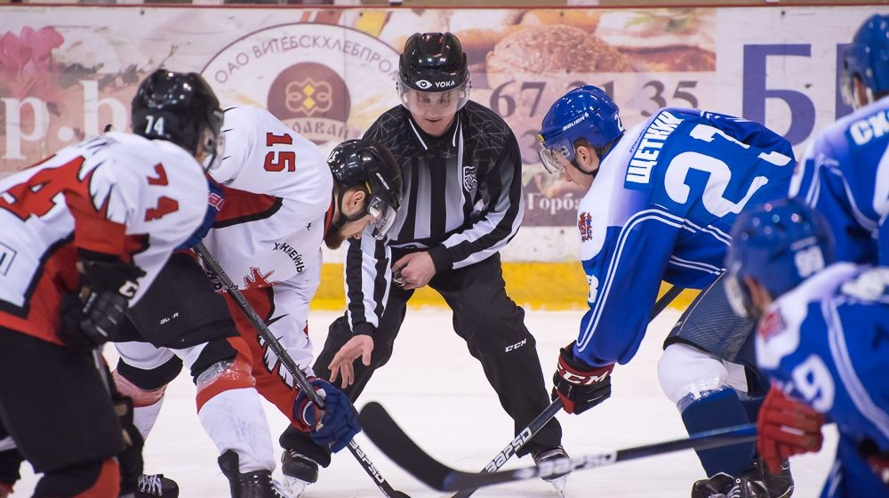 ХК «Барановичи» выиграл последний матч регулярного сезона