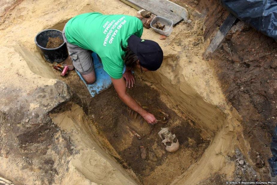 Археологи за работой. Фото: Радыё Свабода