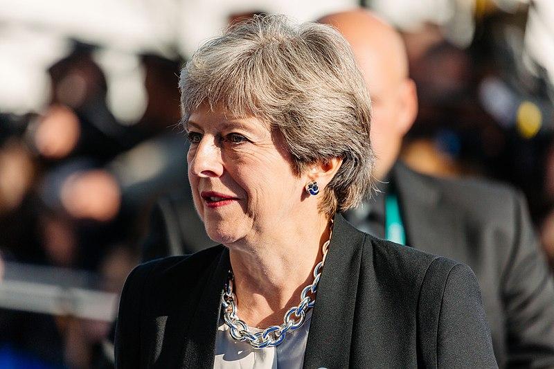 Премьер-министра Великобритании Терезу Мэй намерены отправить в отставку