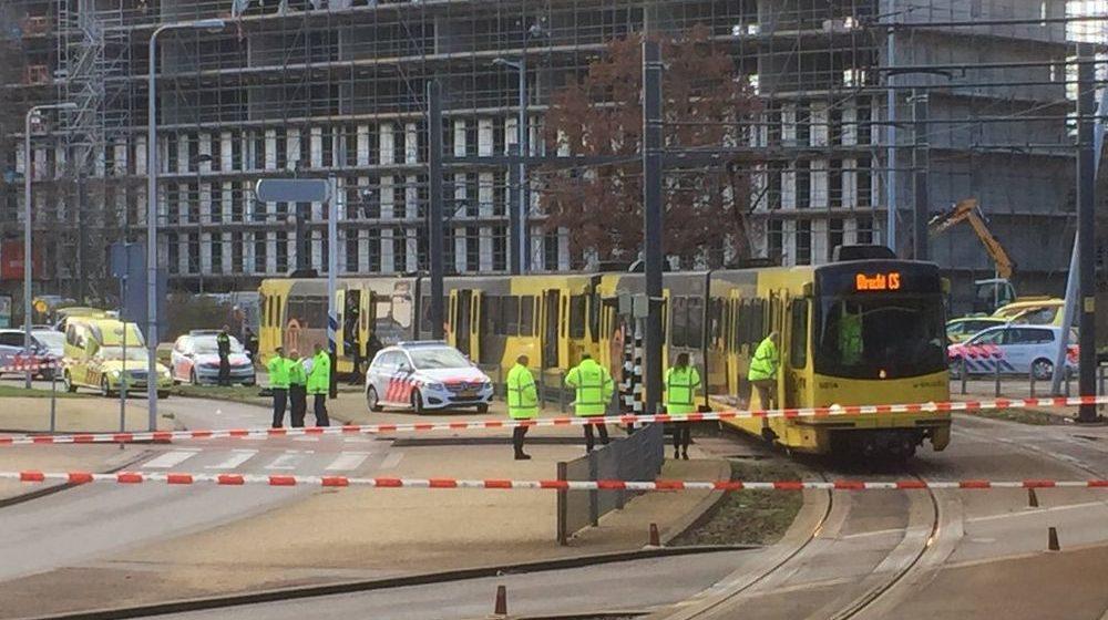 В голландском городе Утрехт преступник устроил стрельбу на трамвайной станции, погибли три человека