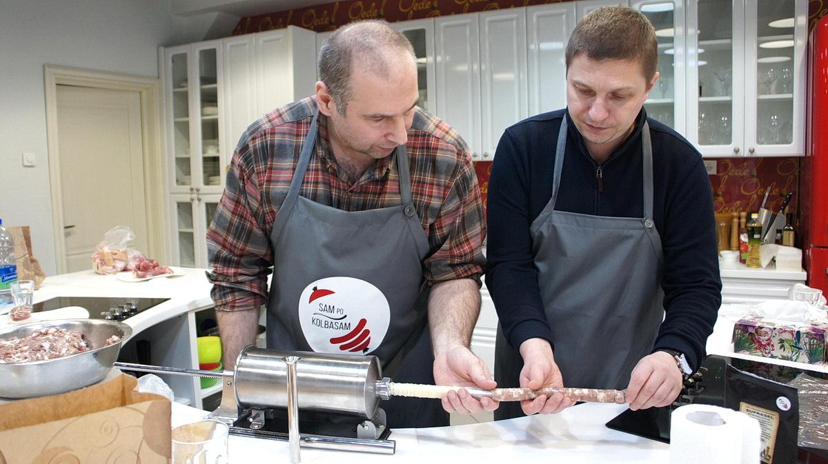 Мастер-класс по изготовлению колбасы.  Фото: архив Школы Настоящего Колбасника