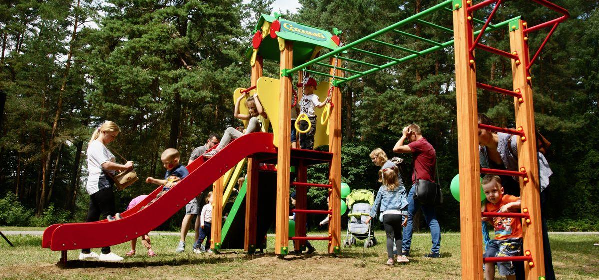 Открытие детской площадки в Гродно. Фото предоставлено организаторами проекта