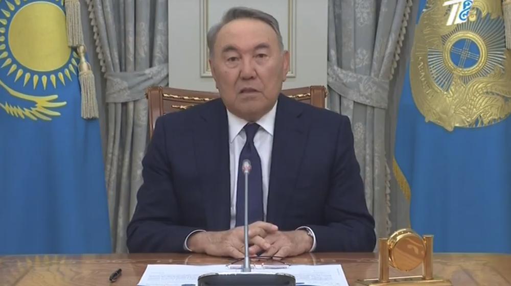 «Он просто устал от ответственности, которая лежала на его плечах». Что говорят политологи о причине отставки Назарбаева