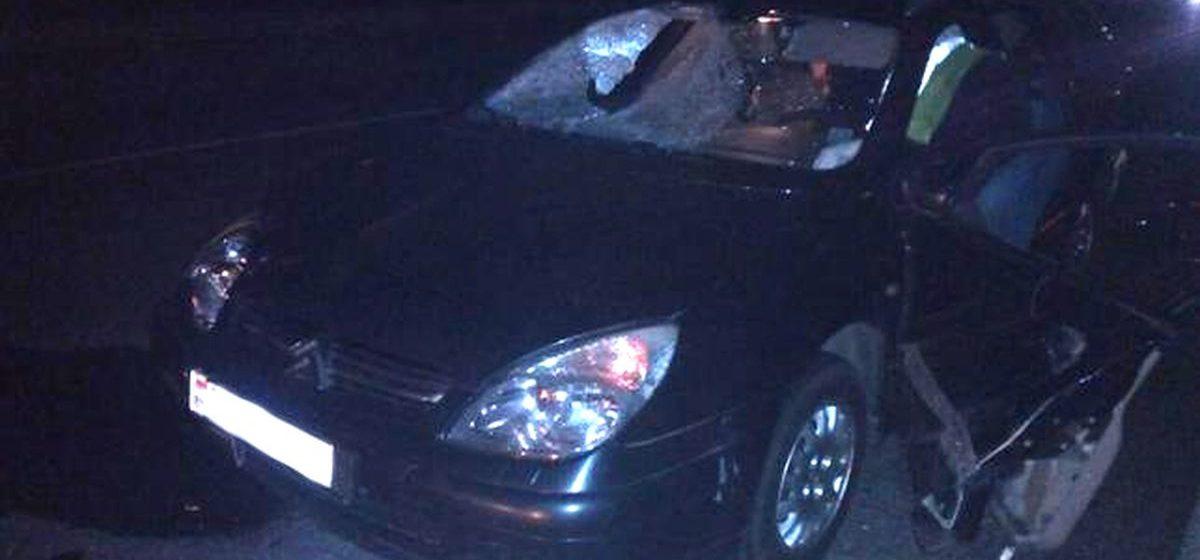 В Минском районе два автомобиля переехали лежавшего на дороге мужчину