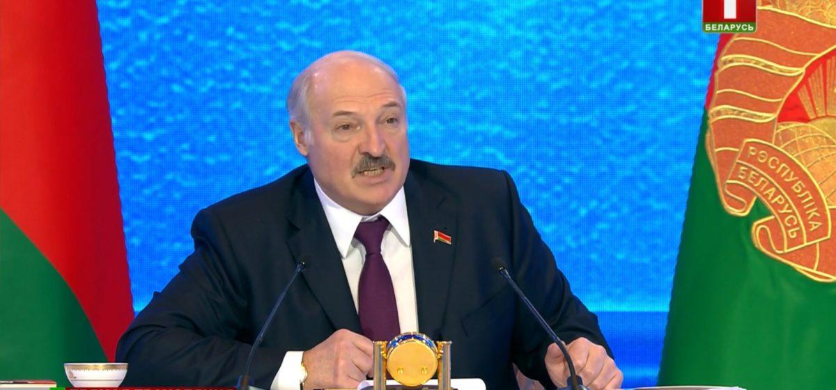 Лукашенко: Английский я уже изучать не стану — голова забита, не влезет туда ничего