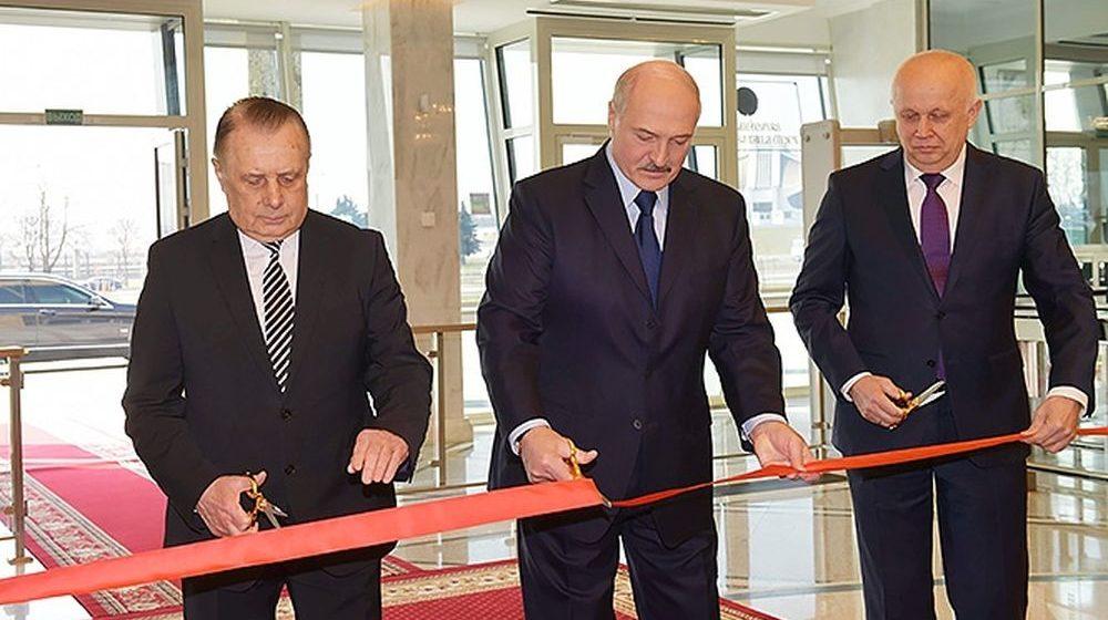 Лукашенко открыл новое здание Верховного Суда в Минске и обсудил круговую поруку среди судей