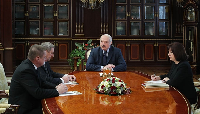 Александр Лукашенко нашел Леониду Зайцу и Михаилу Русому новую работу