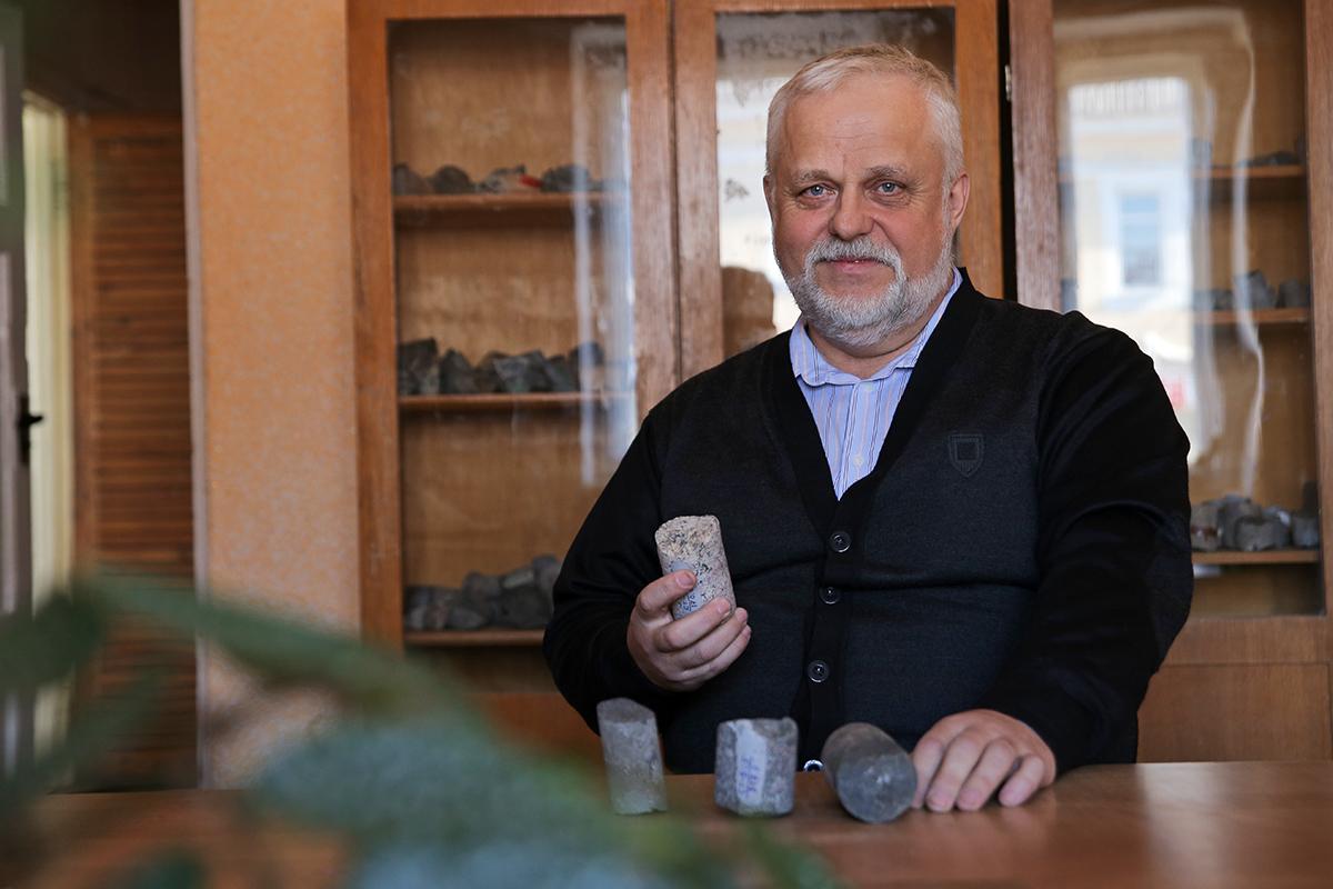 За годы студенчества Александр Линник объездил весь Советский Союз. Фото: Евгений ТИХАНОВИЧ