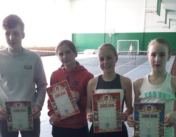Барановичские теннисисты отличились на первенстве области