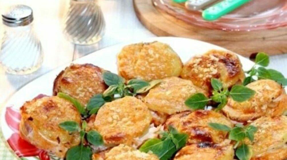 Вкусно и просто. Картофельные «стожки» с сыром и окороком
