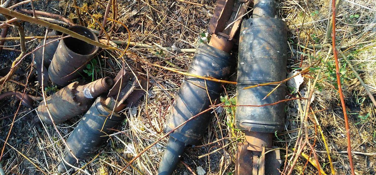 В Барановичах неизвестный выбросил семь танковых снарядов