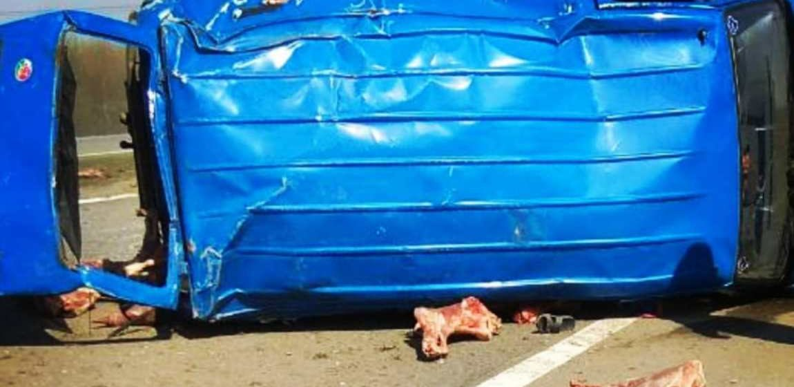 На трассе М1 под Барановичами перевернулся микроавтобус, есть жертвы (дополнено)