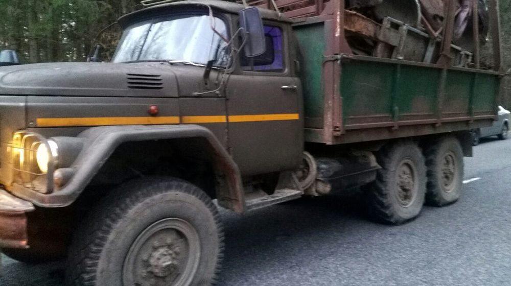 Под Чечерском сотрудники ГАИ стреляли по перевозчику металлолома