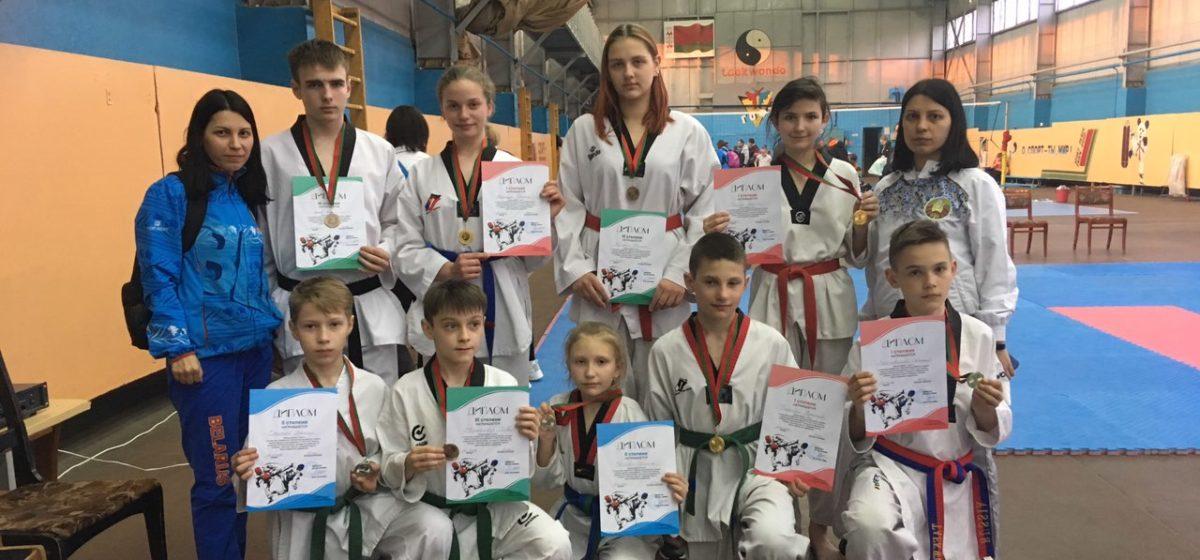Барановичские таэквондисты привезли четыре золота с турнира в Светлогорске
