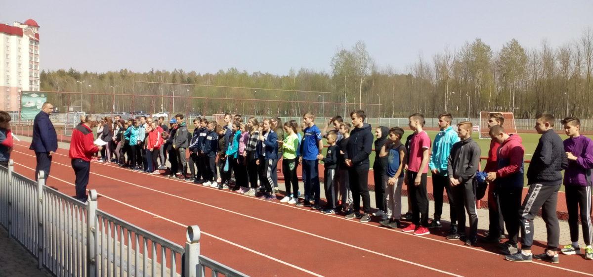 Юные барановичские легкоатлеты с отличием выступили на домашнем республиканском турнире