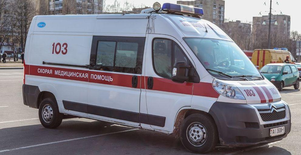 Водителя, который в Минске из принципа заблокировал проезд скорой, лишили прав и оштрафовали (видео)