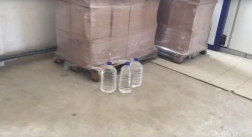 Под Барановичами задержали фуру с 20 тоннами контрафактного спирта