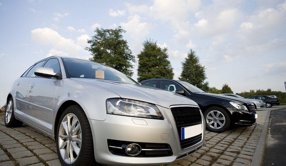 Литовцам дадут по 1000 евро на покупку более нового авто