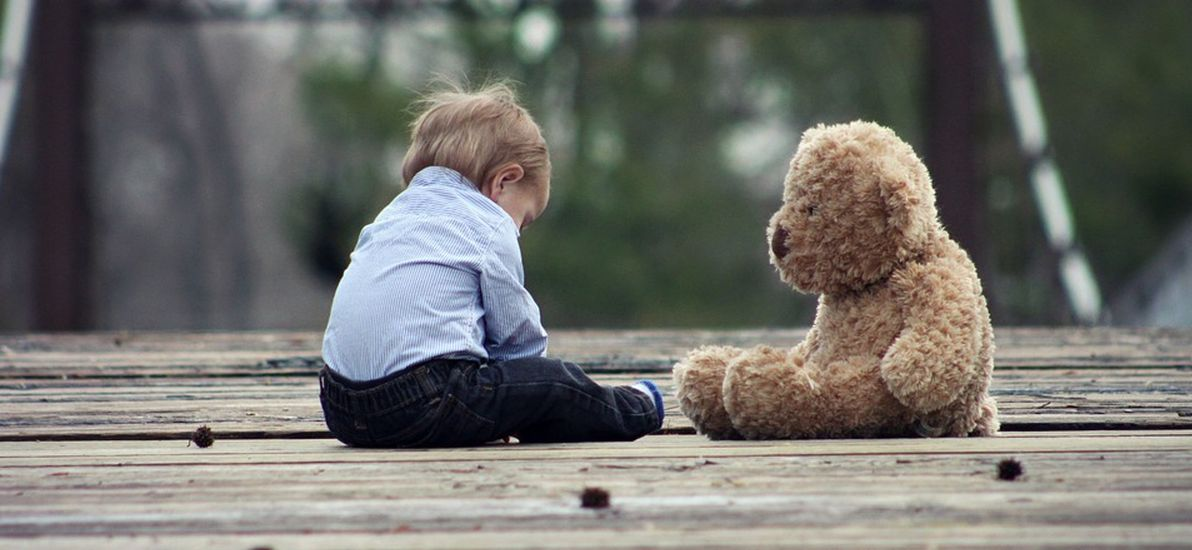 Как понять, что у ребенка аутизм, рассказала врач-психиатр. «Не смотрят в глаза и не играют с другими детьми»