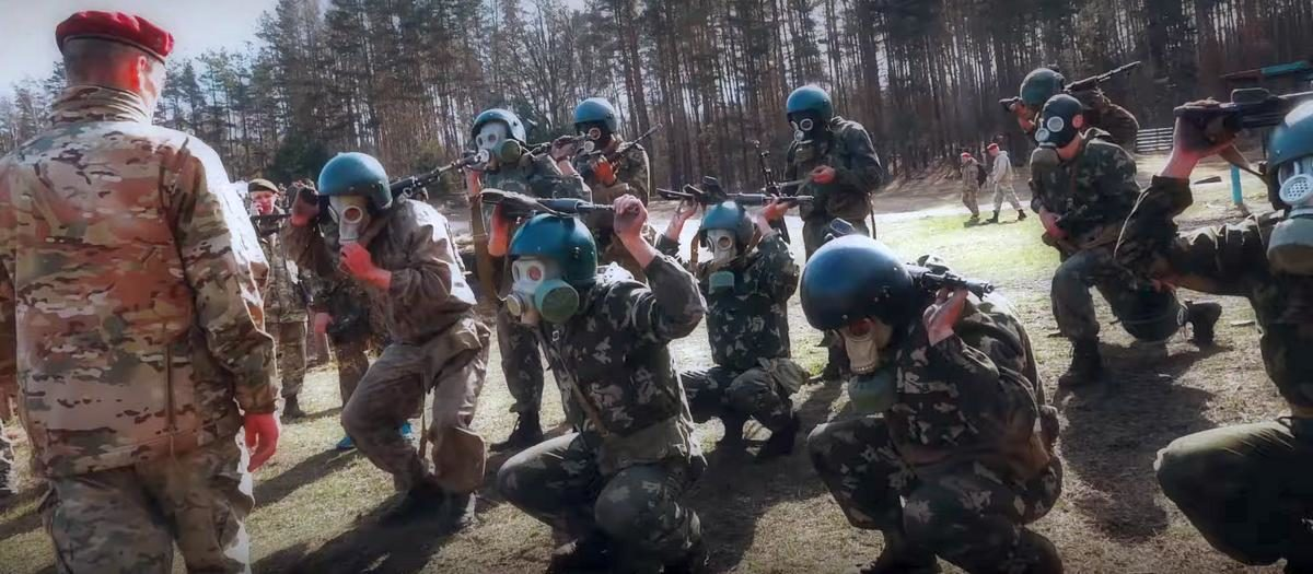 Как в Беларуси сдают на краповый берет (видео)