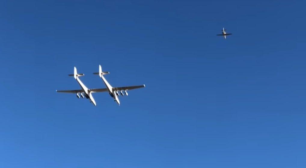 В сети опубликовали видео первого полета самого большого в мире самолета