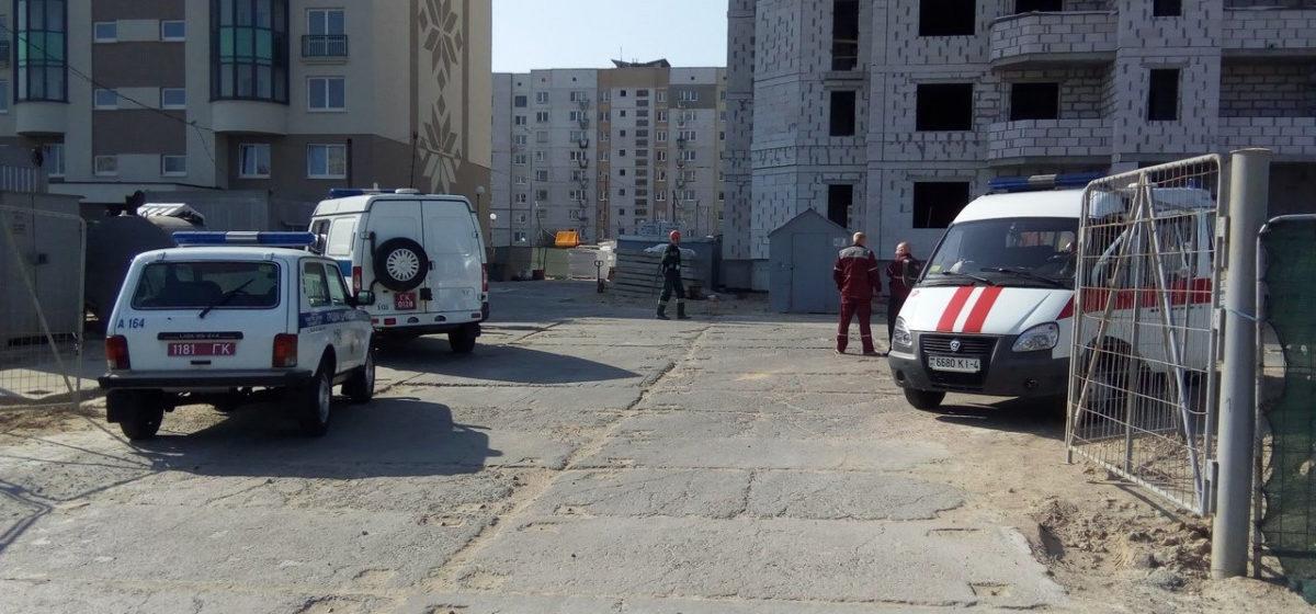 В Гродно упал с высоты и разбился строитель