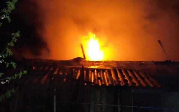 Под Барановичами горел дом