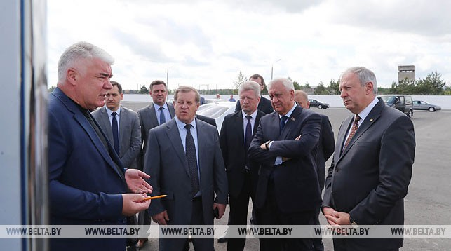 Премьер-министр проверил, как в Барановичах реализуется проект по выпуску высокоэффективных компрессоров