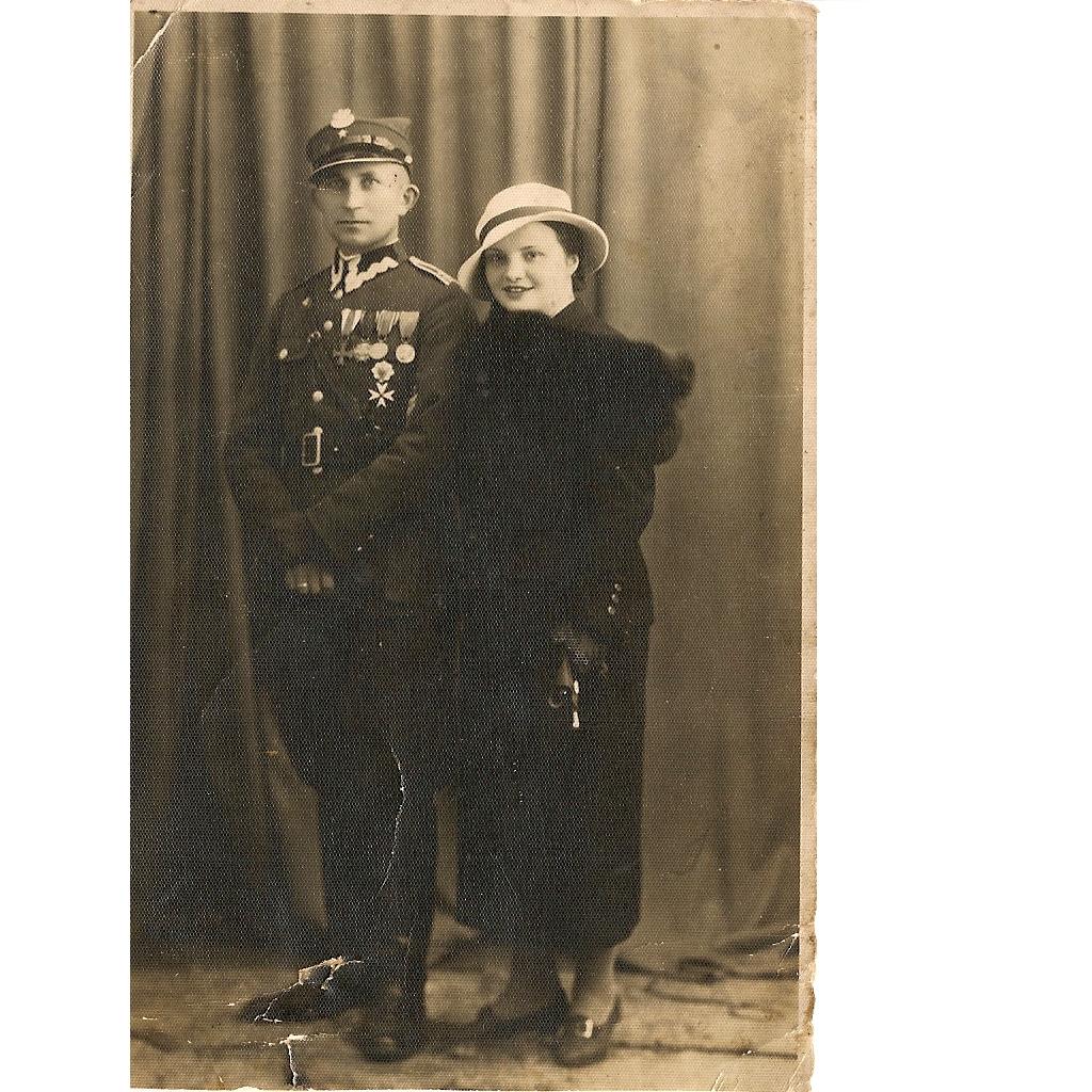 1930-е годы, Барановичи. Офицер с супругой. Фото: архив Юлиты НОЙМАН (Германия – Польша)