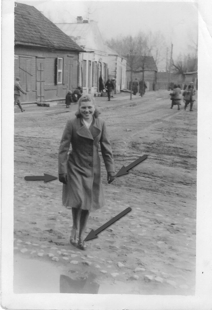 1942 год, Барановичи. Евгения Малиновская. Фото: архив Дмитрия СИТКЕВИЧА (США)