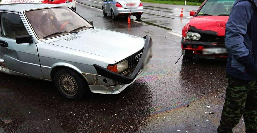 Две легковушки столкнулись в Барановичском районе, есть пострадавшие