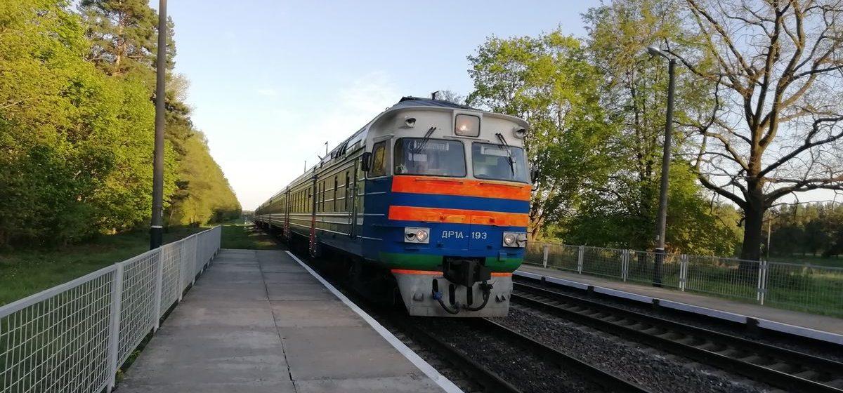 Сумку с более 2000 рублями украл у попутчика в поезде житель Барановичей, а паспорт оставил под подушкой