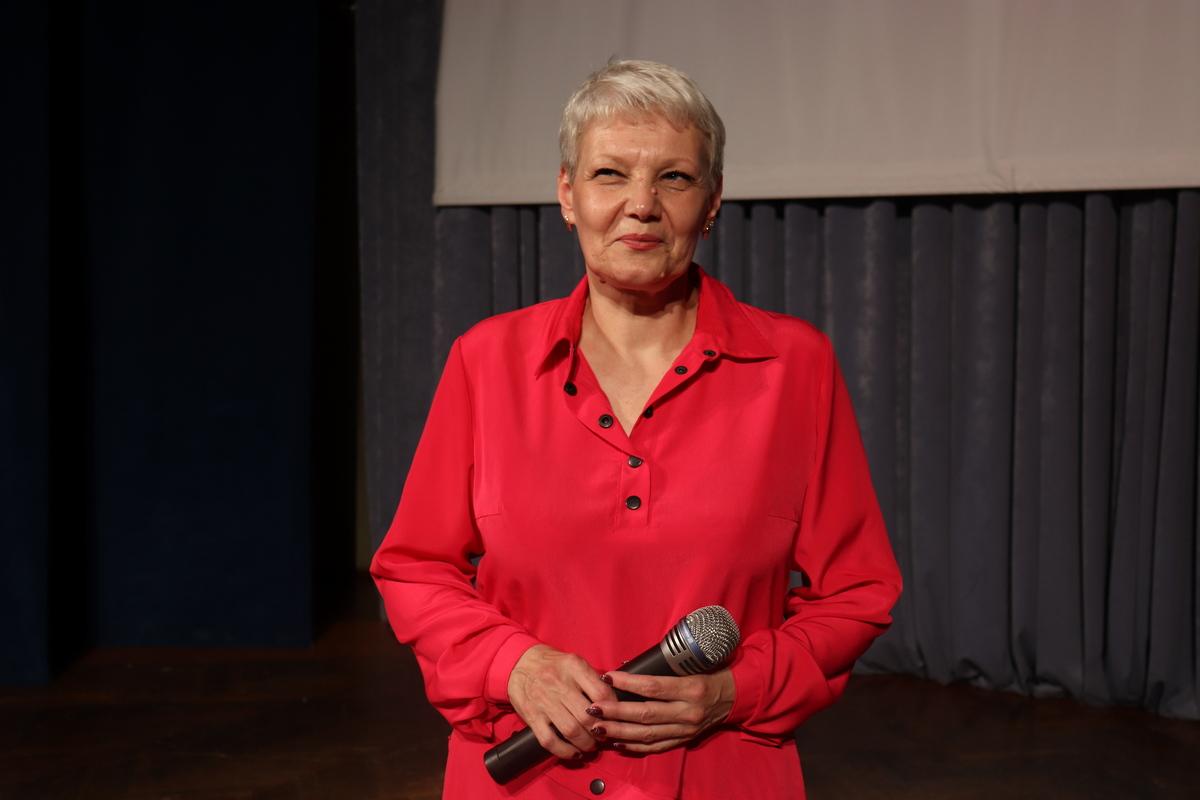 Елена Кабак – руководитель образцового ансамбля эстрадного танца «Вояж».