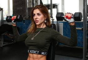 Как девушка из Барановичей стала победительницей на чемпионате по фитнес-бикини