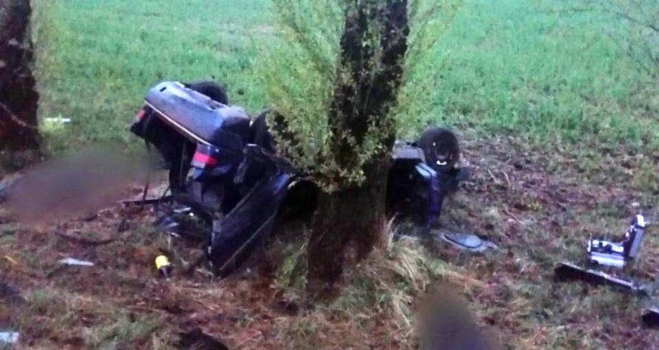 Три человека погибли в ДТП в Бешенковичах. Пьяный бесправник пытался сбежать с места аварии