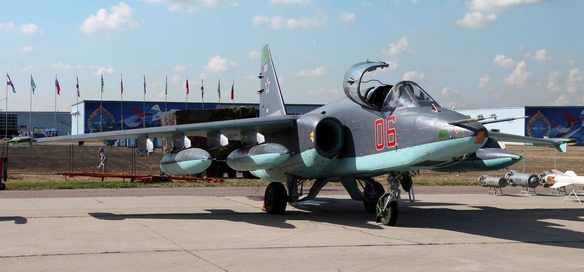 Болгария хотела отремонтировать в Барановичах Су-25, но не смогла из-за санкций в отношении Беларуси