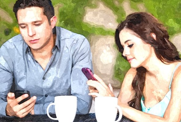 Отношения. Муж общается с бывшей девушкой. Что делать?