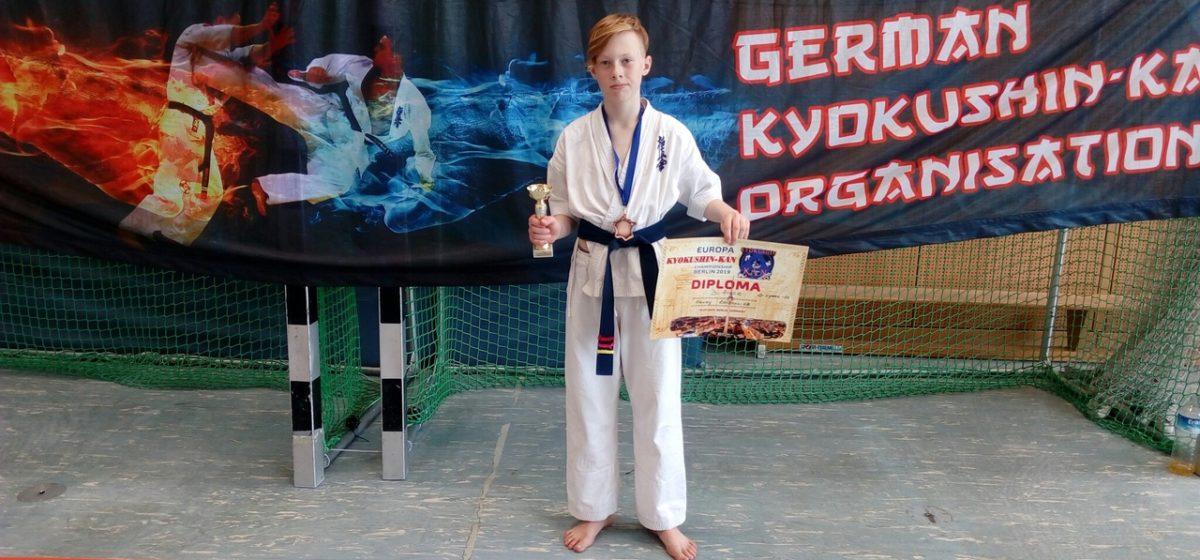 Барановичский каратист завоевал бронзу юниорского чемпионата Европы